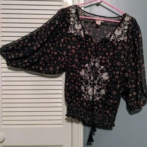 M polyester top
